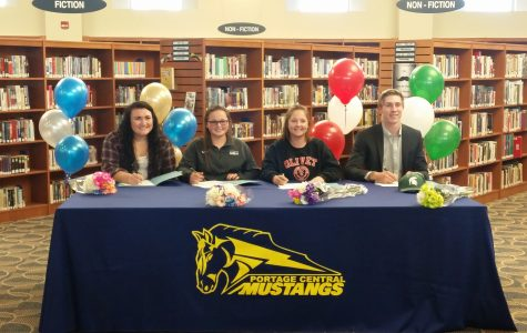 Mustangs Sign National Letters of Intent