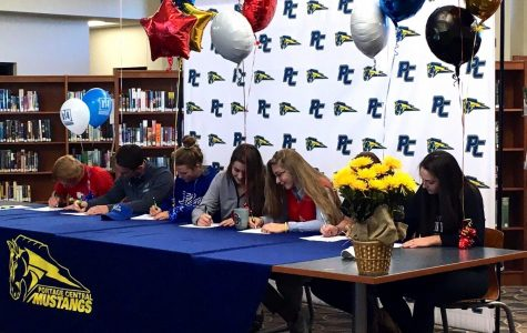 Eight seniors confirm their decision to play at the next level on National Signing Day