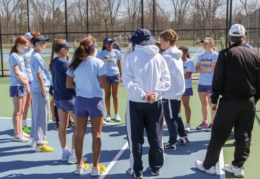 Women%27s+varsity+tennis+team+lead+an+undefeated+season+in+the+SMAC+conference